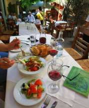 greek-salad-athens