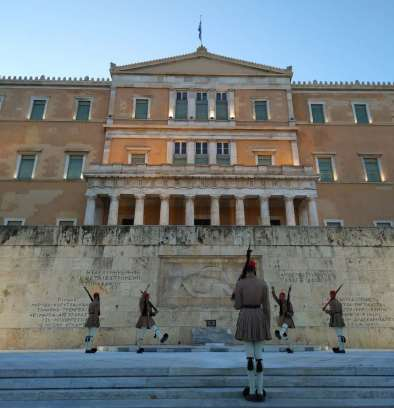 tomb-of-the-unknown-soldier-athens